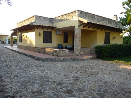 single house syracuse fontane bianche
