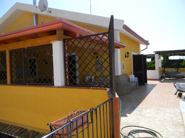 single house for rent ragusa